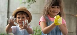 Acidolac artykuł - MIĘDZY NAMI RODZICAMI odc. 9<br> | Szczęśliwe dziecko to brudne dziecko
