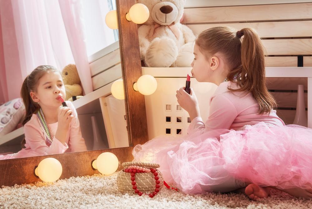 MIĘDZY NAMI RODZICAMI odc. 7<br>| Jak rozwijać samodzielność dziecka? Jak rozwijać samodzielność dziecka?